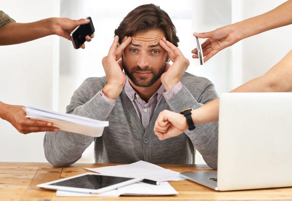 5 sposobów w jaki stres chroniczny niszczy twoje życie.